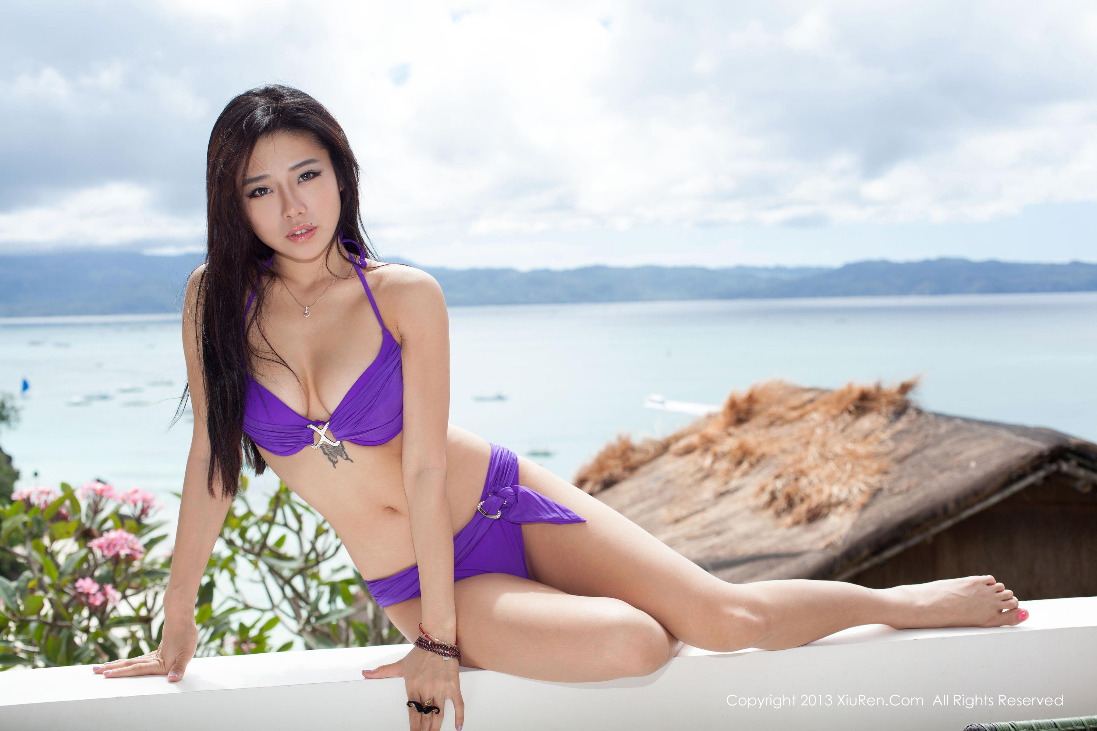 Фото азиаток в купальнике