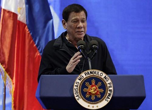 """菲律宾民众又将示威 杜特尔特:干脆定个""""全国示威日"""""""
