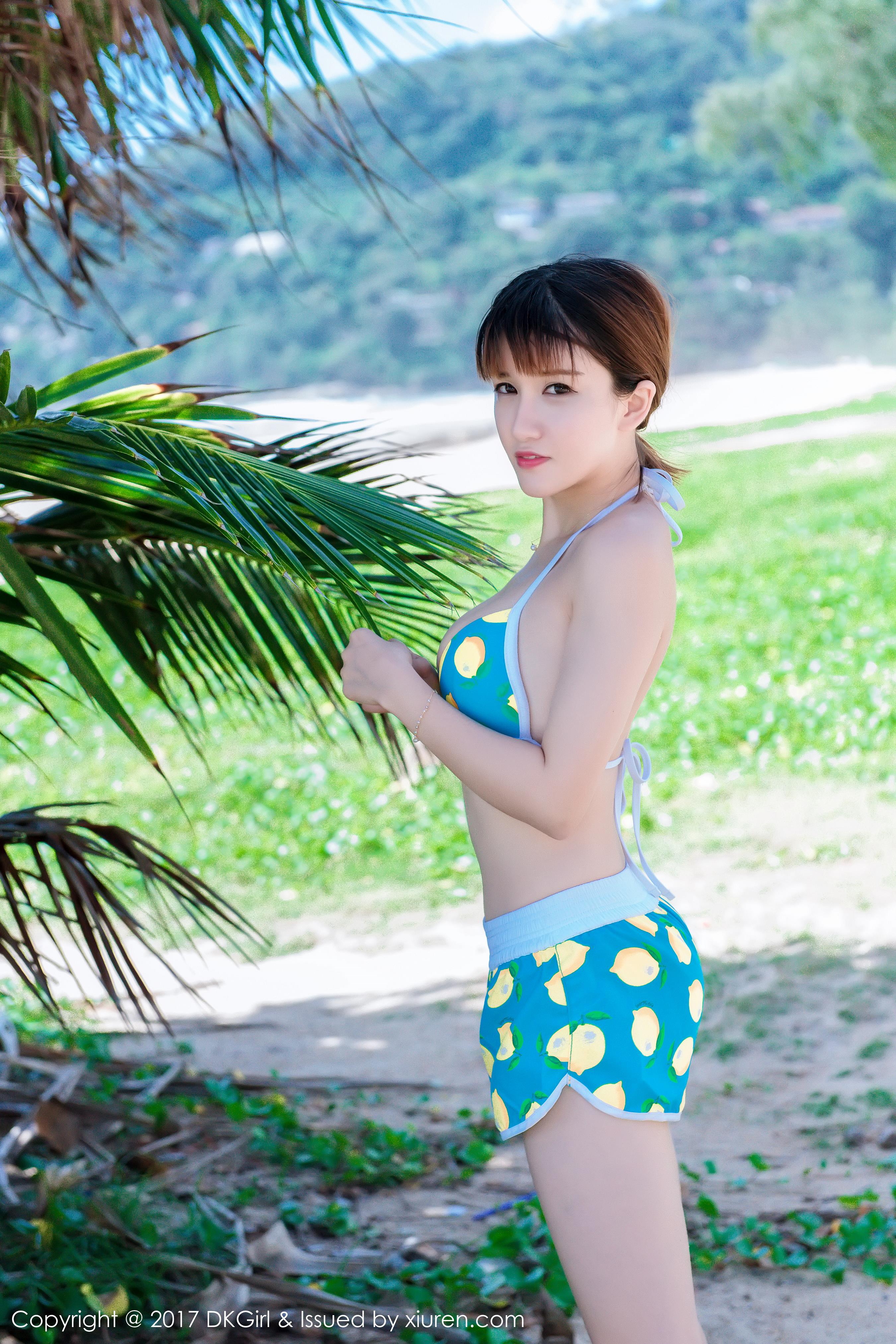 [DKGirl御女郎]DK20170210VOL0011 K8傲娇萌萌Vivian 童颜巨乳 性感比基尼泳装私房写真集