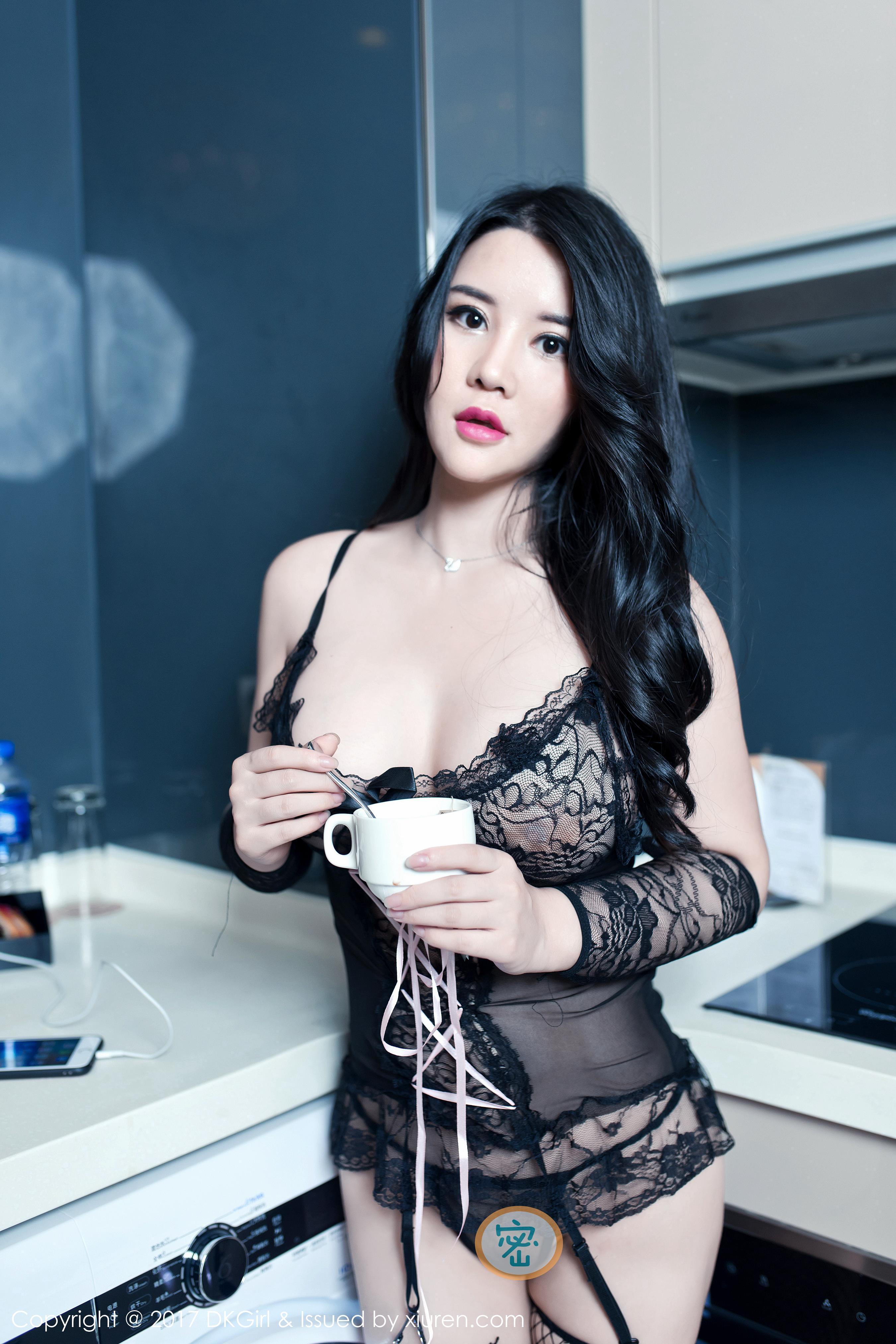 [DKGirl御女郎]DK20171019VOL0042 Sukki 黑色透视情趣连身裙与性感连体内衣私房写真集
