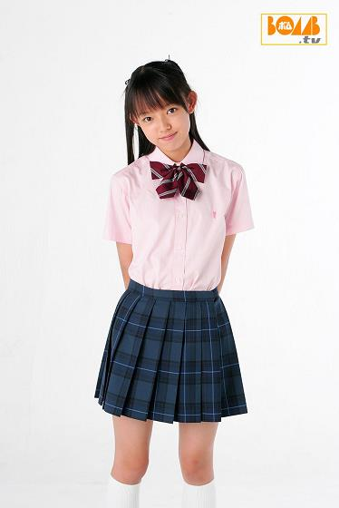 [BOMB.tv]写真2003年 Channel.B.-.Suika.3 高中女生?#21697;?#23567;萝莉私房写真集