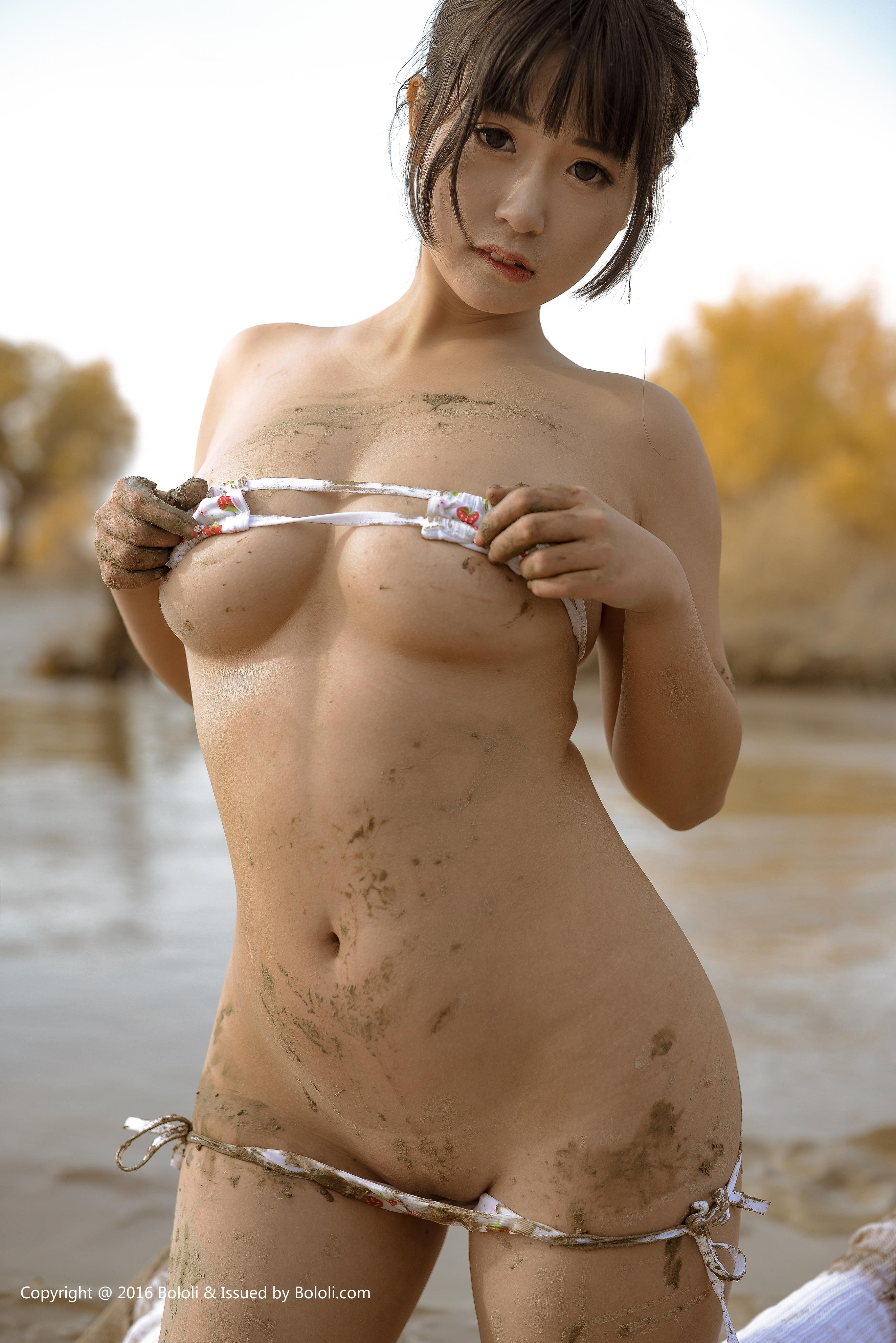 [BoLoli波萝社]BOL016 猫九酱Sakura 童颜巨乳小萝莉 性感比基尼泳装沙漠旅拍