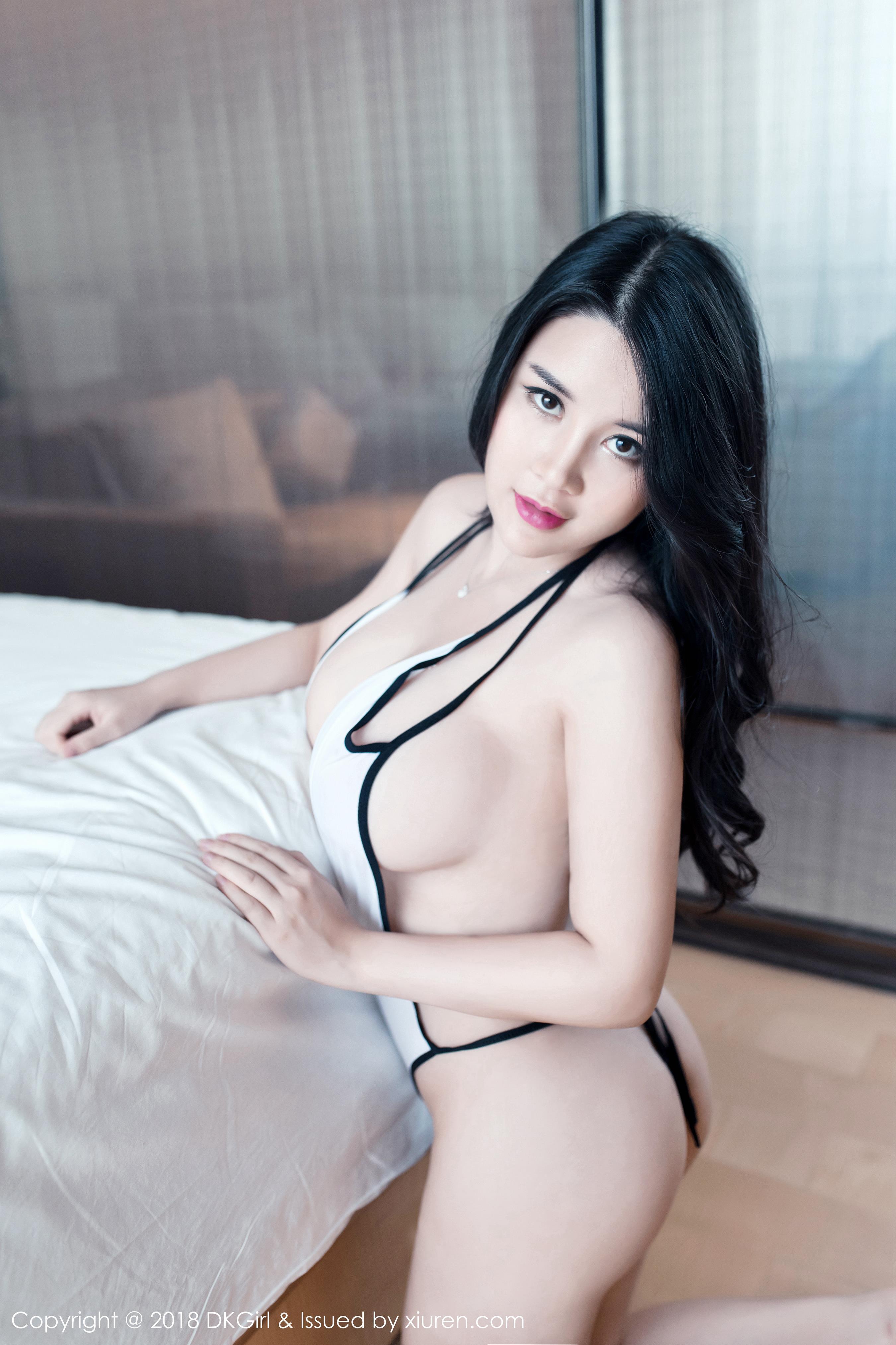 [DKGirl御女郎]DK20180108VOL0053 Sukki 连体情趣内衣与性感比基尼泳装私房写真集