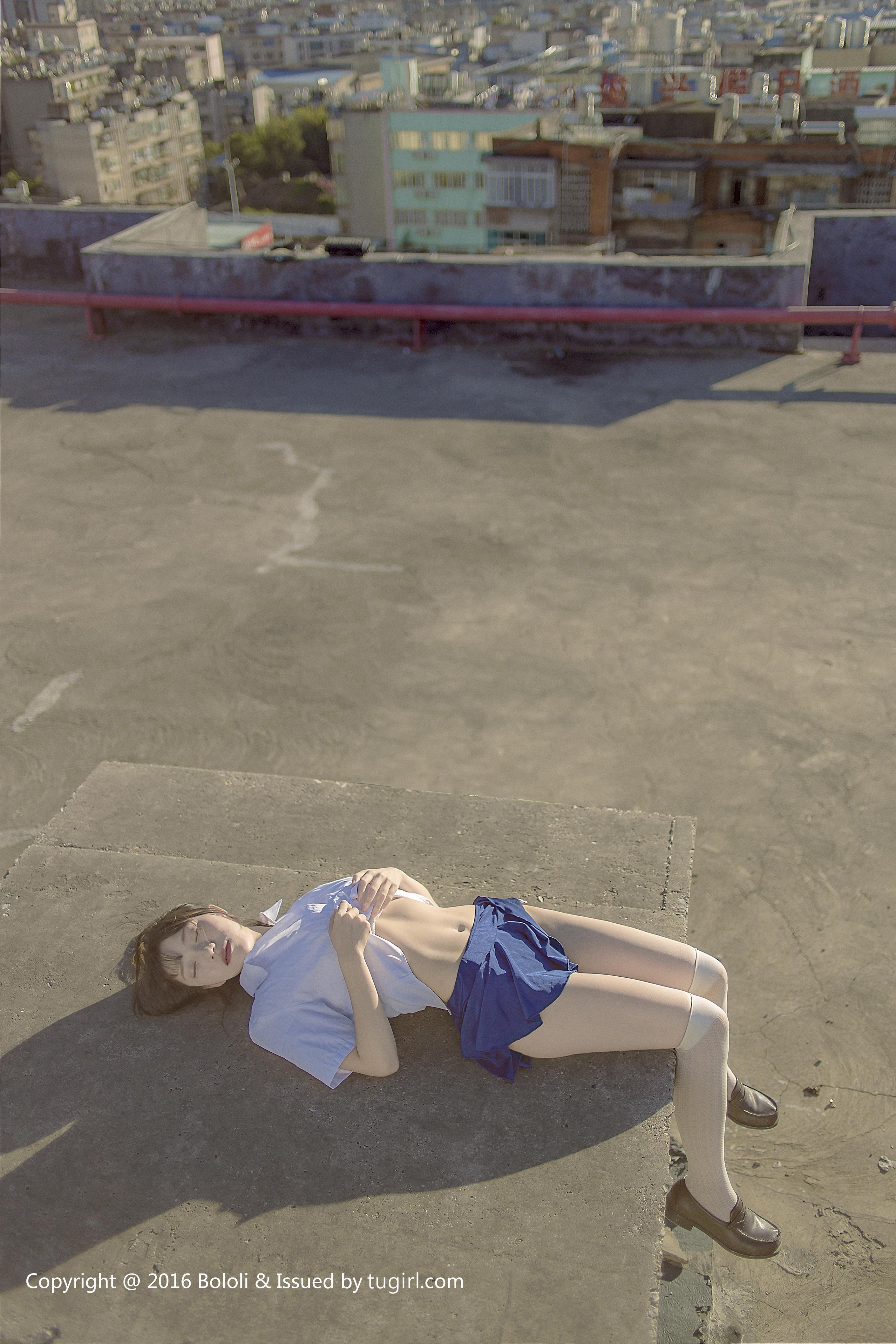 [BoLoli波萝社]BOL030 恩觉酱 羽毛球场性感高中女生制服与短裙私房写真集