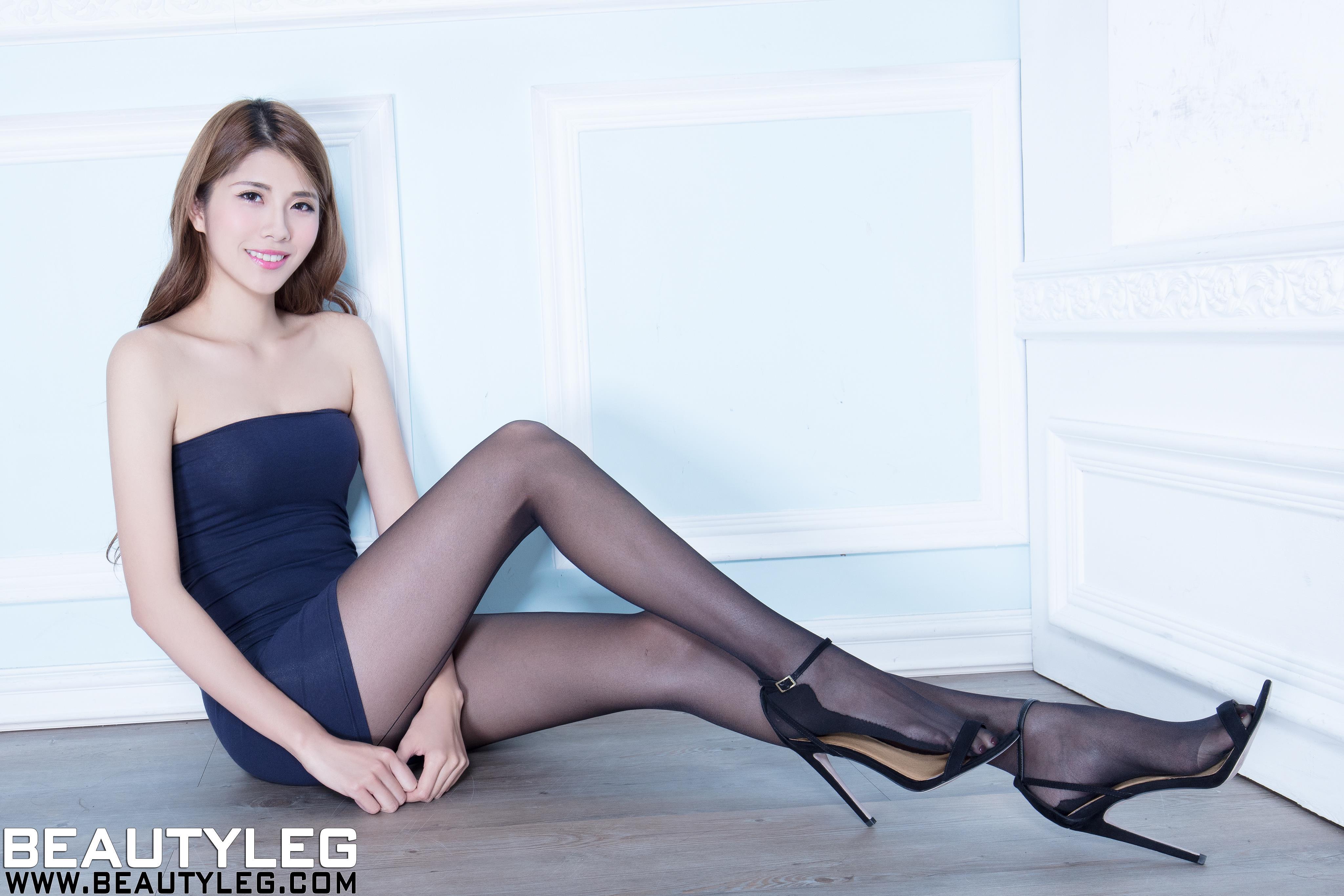[beautyleg美腿写真]No.1618 Joanna 蓝色抹胸裙加黑色丝袜美腿性感私房写真集