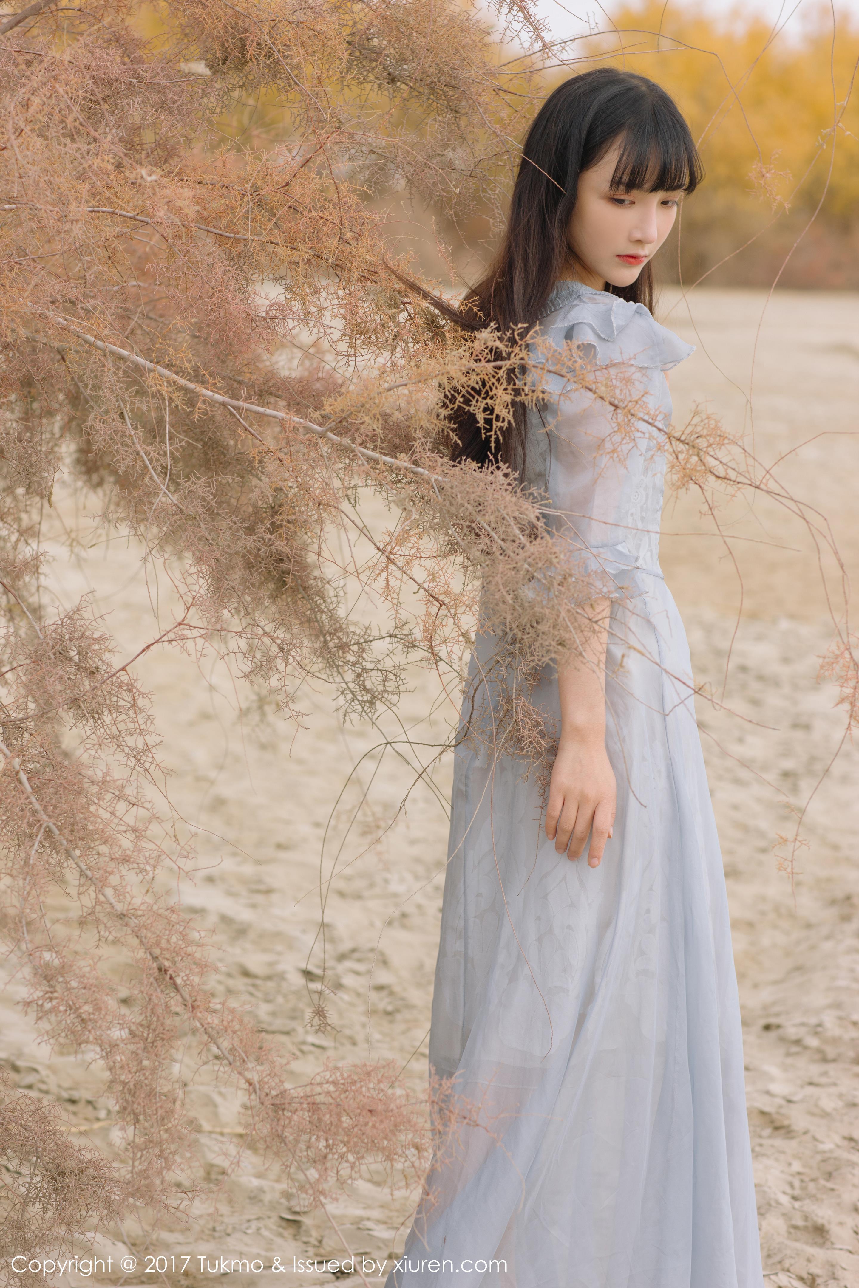 [Tukmo兔几盟]TKM20170926VOL0104 清纯可爱小萝莉 之应 淡蓝色蕾丝连衣裙与黑色透视连衣裙私房写真集