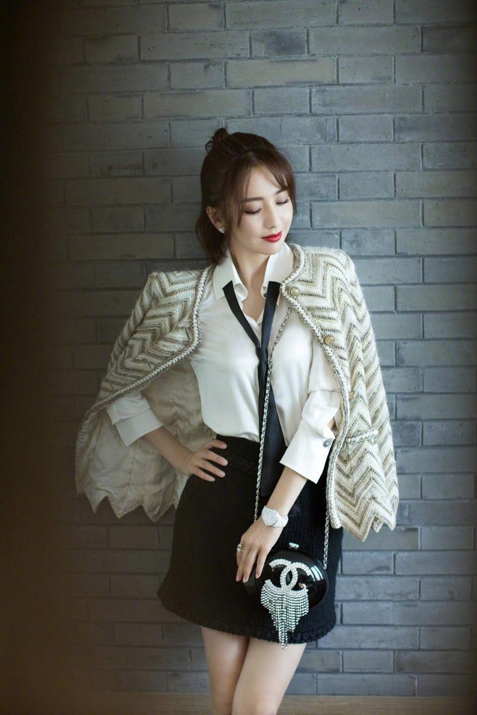 佟丽娅 VogueFilm x Chanel晚宴,全套香奈儿服饰出镜,完美诠释女性的优雅魅力