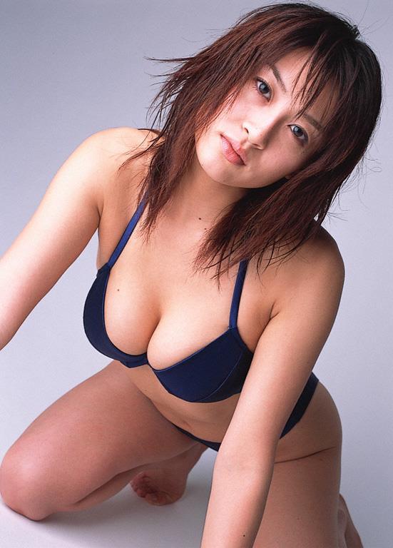[YS Web]Vol.014 しいなまお(椎名真央,Mao Shiina)性感内衣与黑色蕾丝透视上衣及比基尼泳装私房写真集