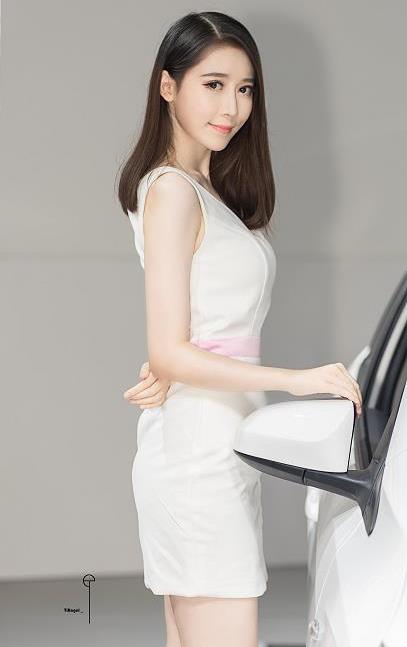 2018第30届宁波车展最漂亮的美女车模