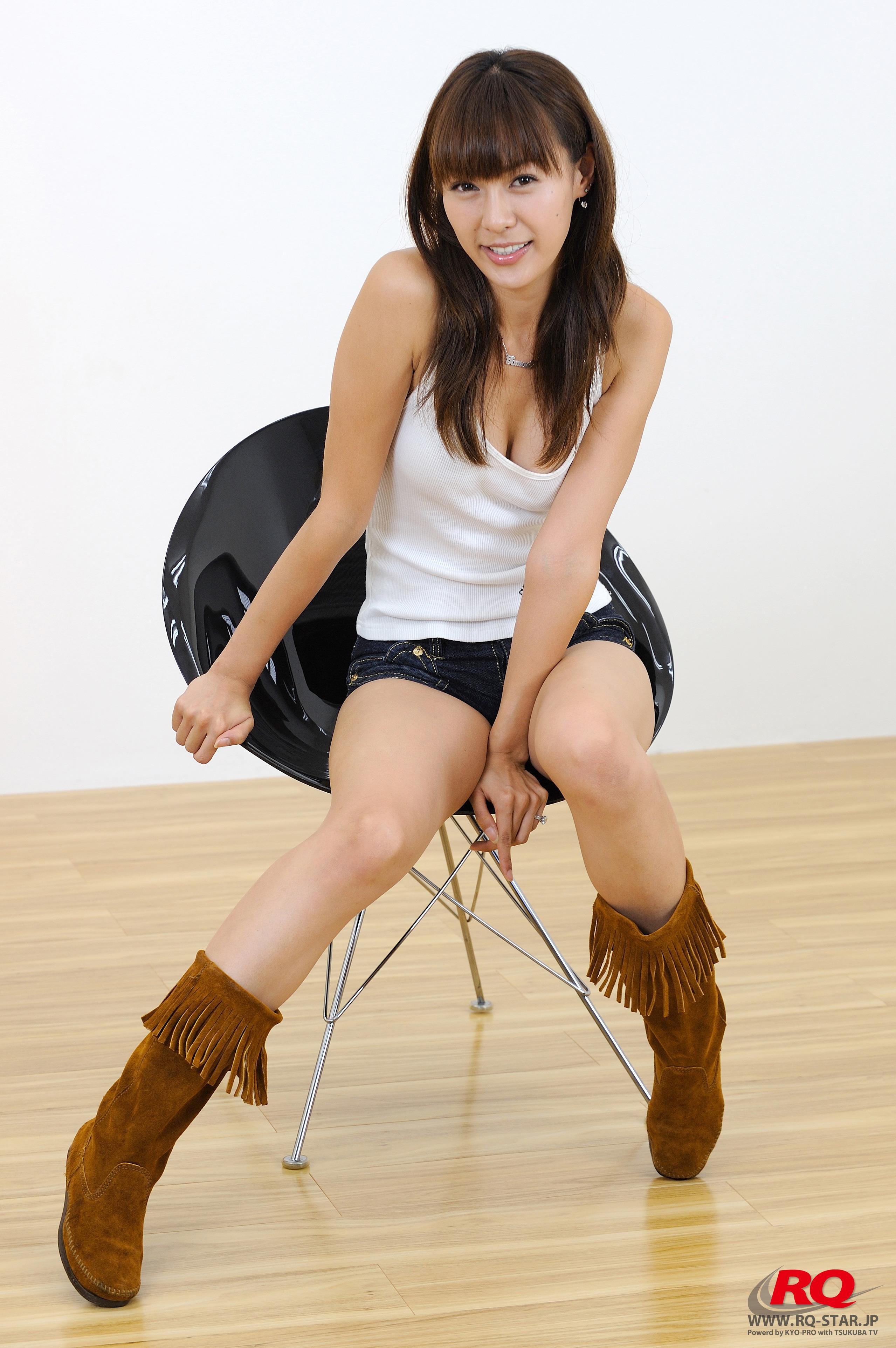 [RQ-STAR写真]NO.00124 なかがわともえ(中川知映,Tomoe Nakagawa)白色背心加牛仔热裤性感私房写真集