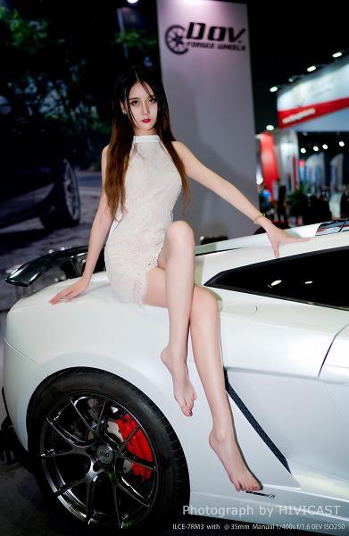 美女车模:胡可沁 白色透视镂空连衣裙性感写真
