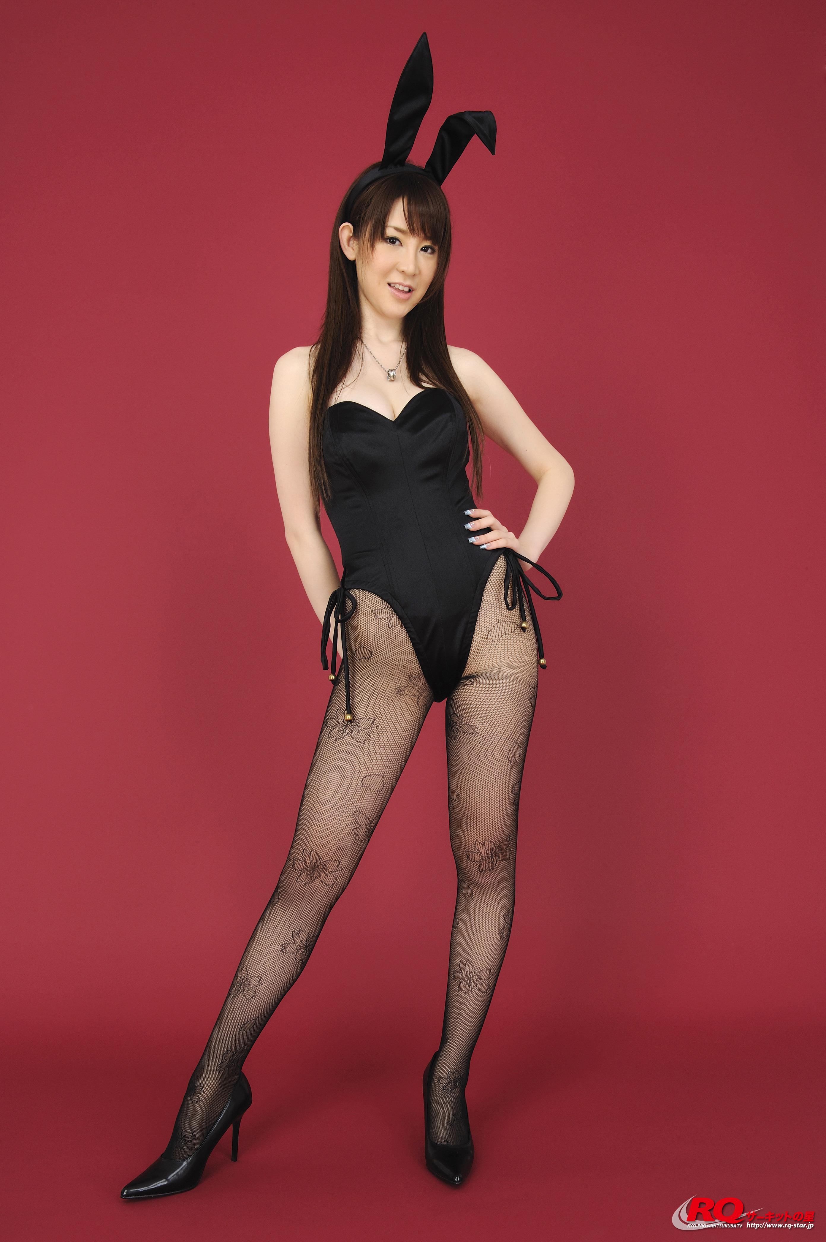 [RQ-STAR写真]NO.00125 Yuko Nakamura 中村优子 黑色性感兔女郎制服内衣与黑色丝袜美腿私房写真集