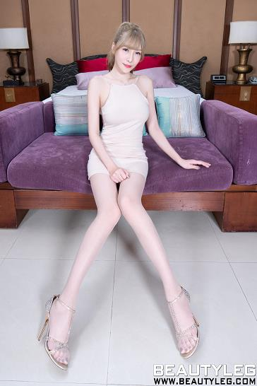 [beautyleg美腿写真]No.1688 Xin 米色连衣裙加肉色丝袜美腿玉足性感私房写真集
