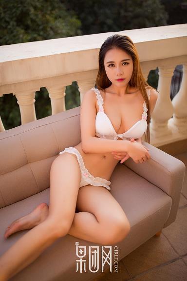 [Girlt果团网]XCJX20180420NO0034 性感美女白色情趣内衣私房写真集