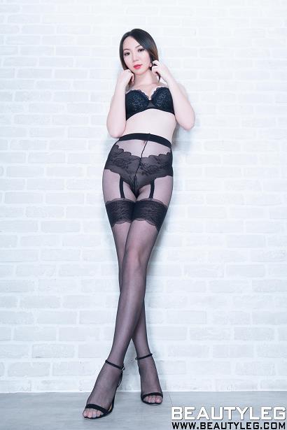 [beautyleg美腿写真]No.1720 Clear 黑色蕾丝内衣加黑色丝袜美腿性感私房写真集