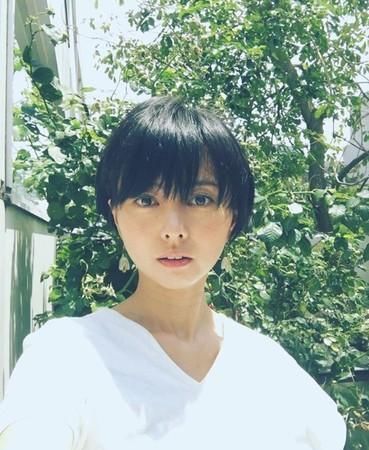 """日本女星自曝生二胎""""全家吃胎盘"""" 言论引争议遭痛批"""