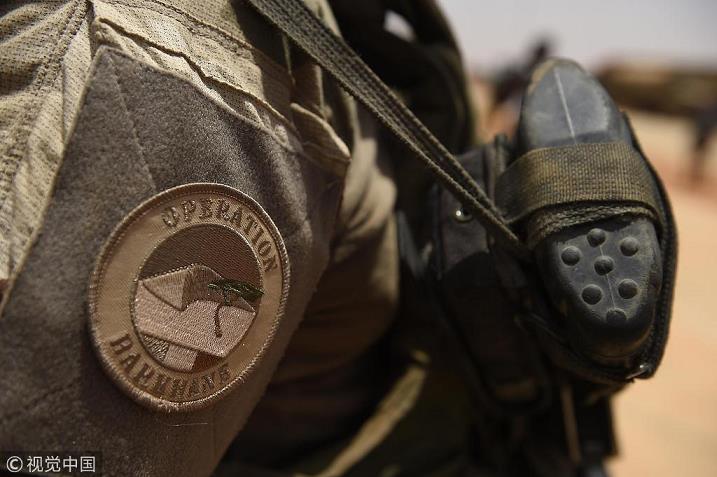 法国军方宣布:在马里击毙一名极端组织头目