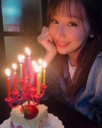 """王心凌出道16年感性发文 宣布给粉丝""""礼物"""""""