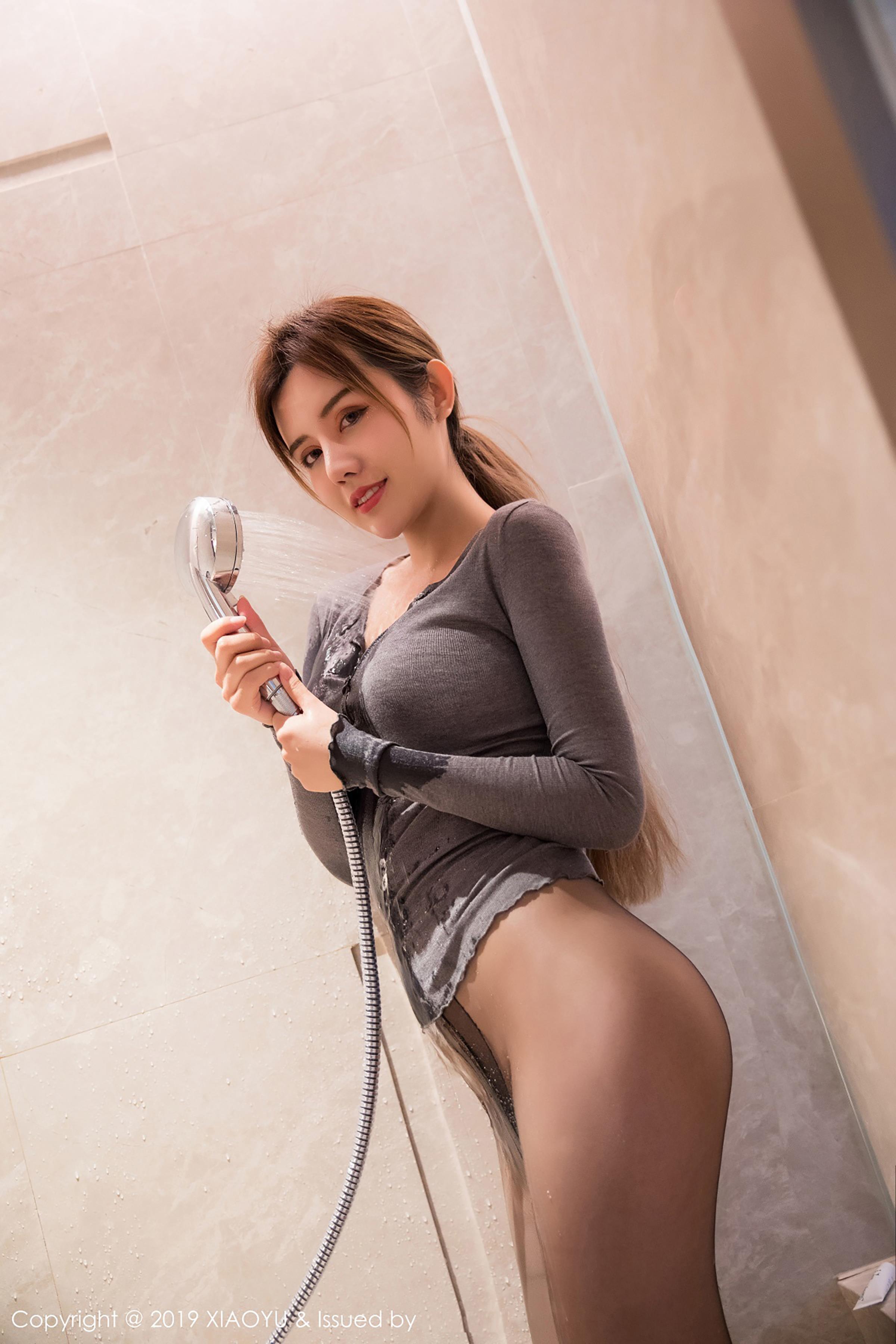 [XIAOYU画语界]YU20190214VOL0019 Cris_卓娅祺 黑色紧身上衣加黑色丝袜美腿性感私房写真集