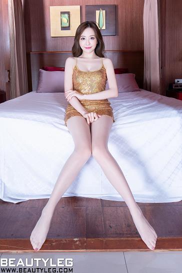 [beautyleg美腿写真]No.1758 Lucy 金色吊带短礼裙加肉色丝袜美腿性感私房写真集