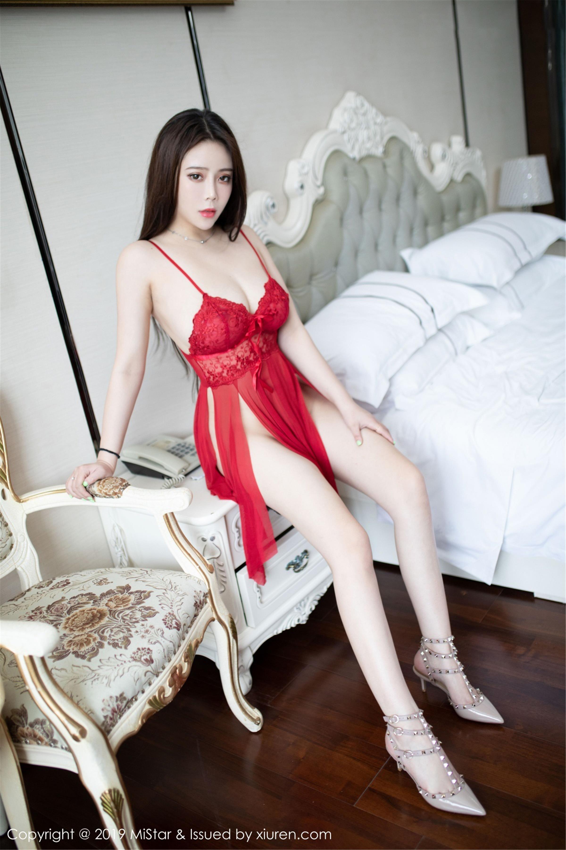 [MiStar魅妍社]MS20190430VOL0285 Miki兔 红色蕾丝情趣内衣性感私房写真集
