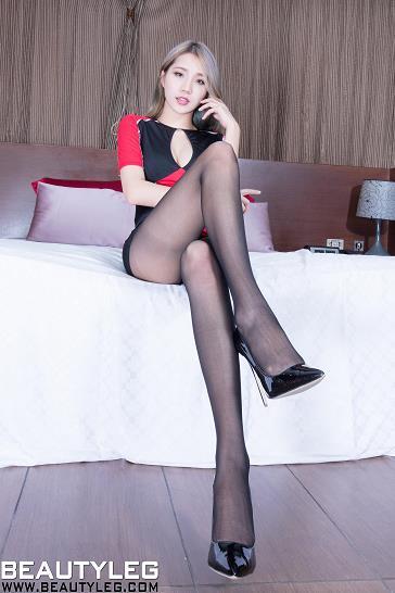 [beautyleg美腿写真]No.1775 Anita 红黑紧身连衣裙加黑色丝袜美腿性感私房写真集