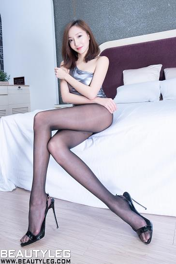 [beautyleg美腿写真]No.1780 Tina 银色紧身连体衣加黑色丝袜美腿性感私房写真集