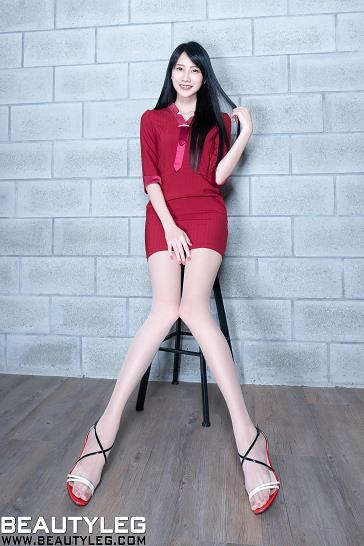 [beautyleg美腿写真]No.1781 性感空姐 Jing 红色紧身制服连衣裙加肉色丝袜美腿私房写真集